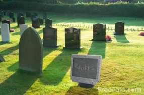 Geek_Tombstone_by_Eretyk